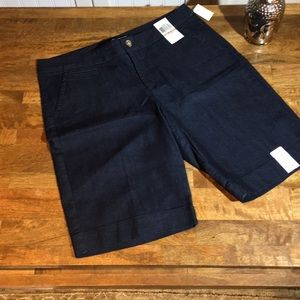 DOCKERS - NWT - Blue shorts size 12 . ☮️❤️👗